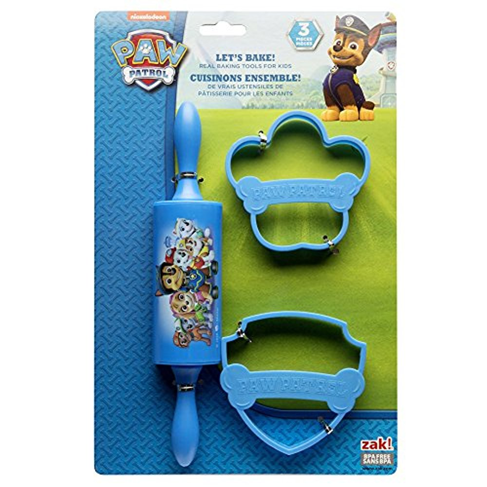 Zak Designs Mickey /& Minnie Mouse Rolling Pin and Cookie Cutters for Cooking with Kids Mickey /& Minnie